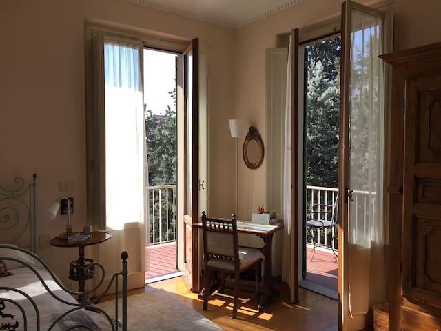 Casa Lenci - Cosy single room and private bathroom - Florence - Leilighet