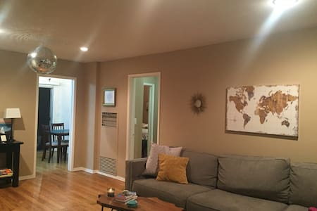 Charming Venice Beach Apt-Unbeatable Location!!! - Los Angeles - Apartment