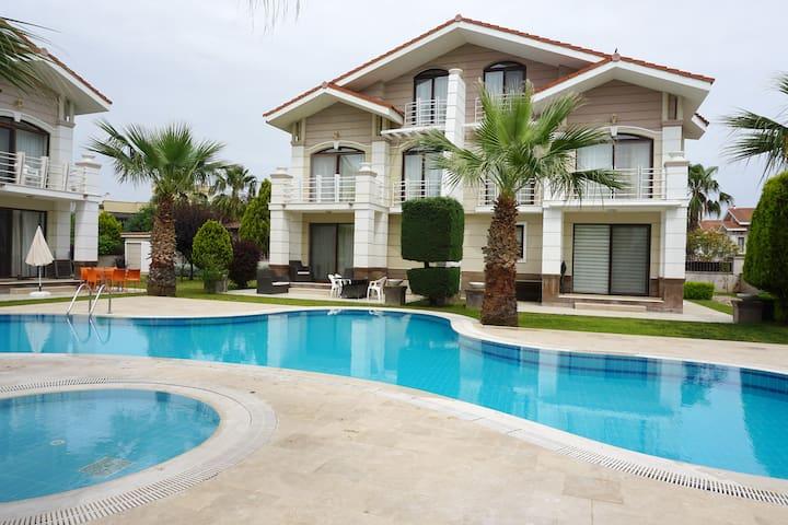 Belek Golf Residence Villas/ C-2