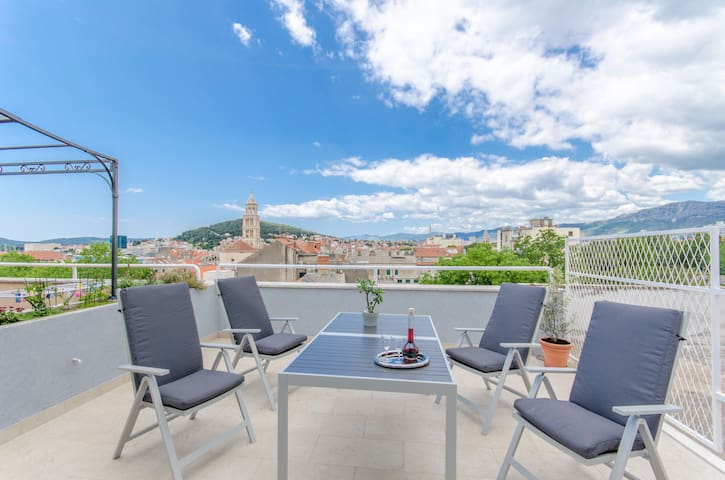 City centre apartment with a beautiful view
