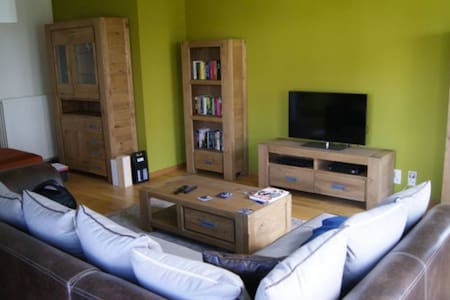 Big cosy appartement, 5min from Ghent city center - Lakás