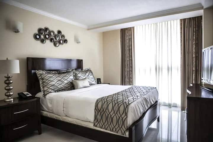 1B - 1B Suite minutes away from Downtown Miami!
