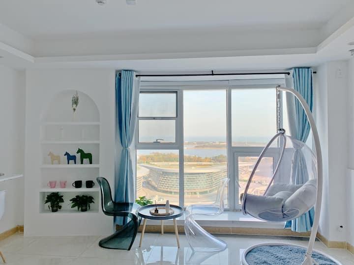 【里宿】(地暖)落地窗无遮挡海景房|观海吊椅|万平口|东夷小镇|万达广场|海洋公园