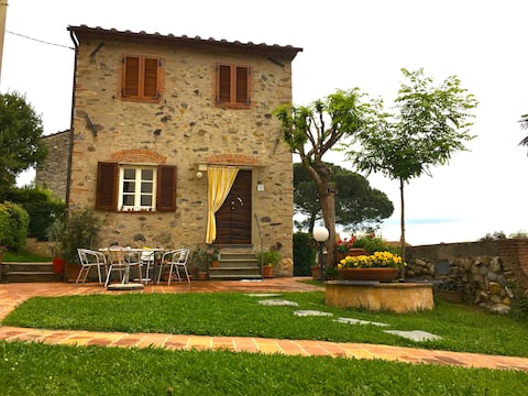 Cottage in the countryside of Lucca