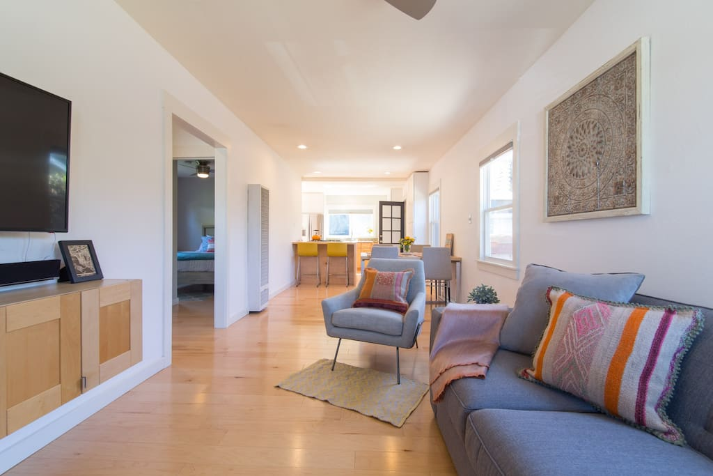 Comfortable & filled with natural light, this open design concept living space is ideal!