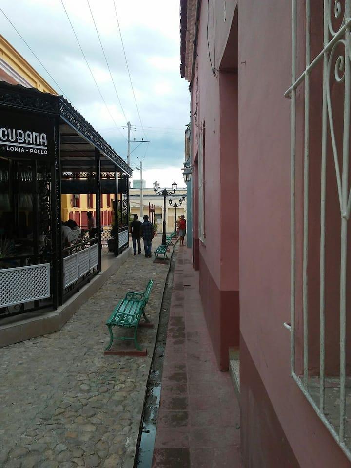hostal don joaquin en el mismo boulevard