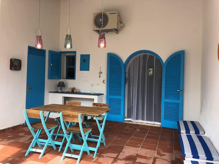 Villa a Rosa Marina di Ostuni con patio e giardino
