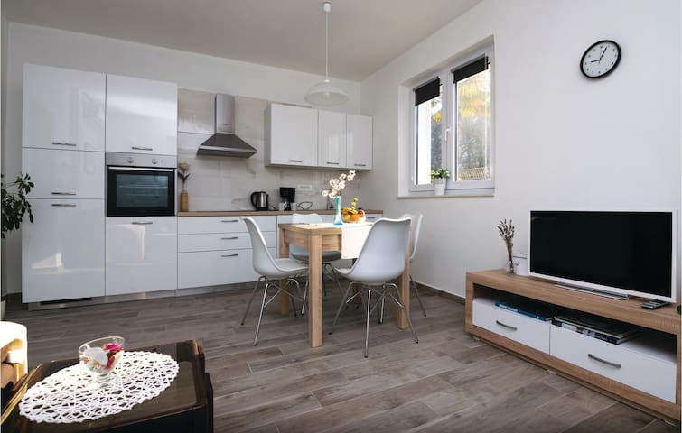 Holiday apartment with 1 bedroom on 41m² in Zadar