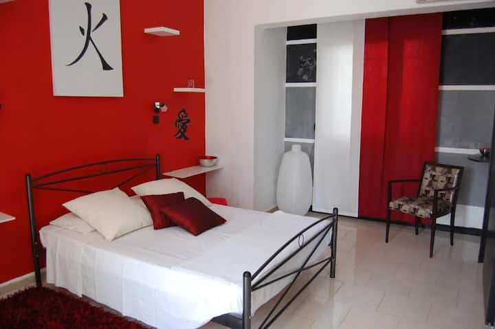 Deluxe Double Red Room - Rhodes