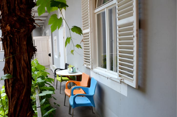 In the Center - Quiet Flat in the Old Town