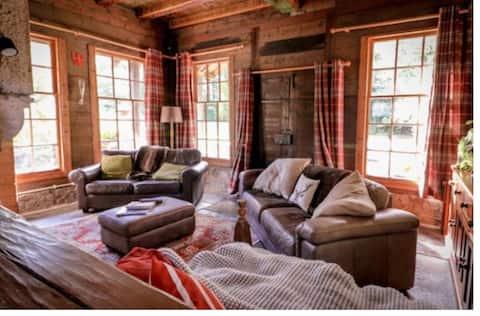 Log Cabin em Auchtertool.