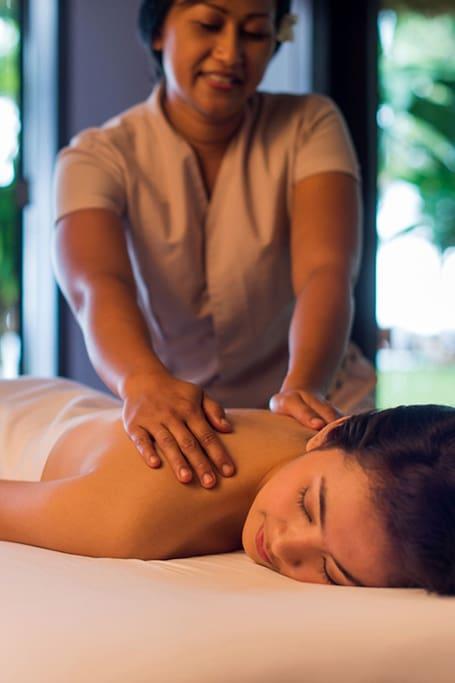 The studio pratice self refresh massage