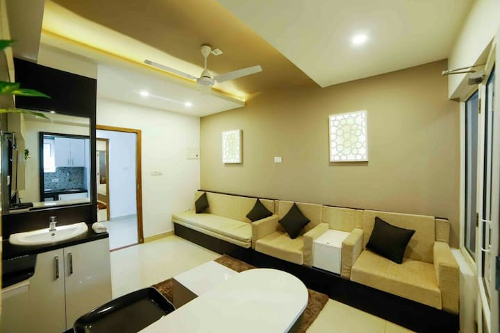 Guruvayur Flat with AC,WiFi free shuttle to Temple