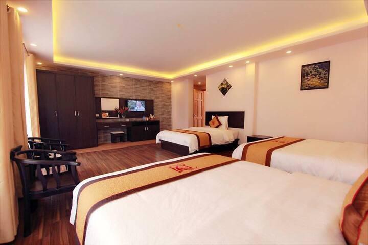 Dang Nguyen hotel triple room - tt. Sa Pa - Boutique hotel