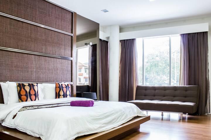 Penang Inn VIP Villa (Deluxe King Bed-Room1)