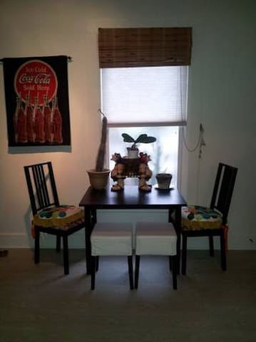 Historic Diamond District Cozy Apartment - Lynn - Appartamento
