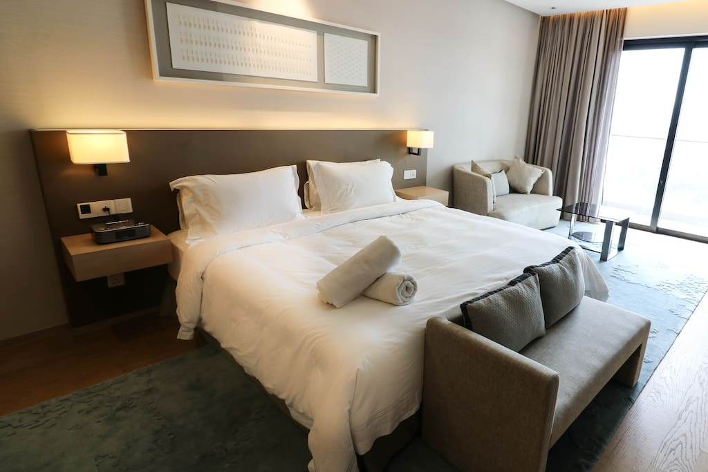 Each room is air conditioned, so not to worry the Malaysian weather would affect your sleep
