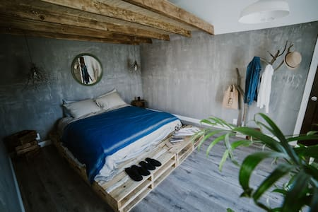 Rustic cozy Room 15 Mins from Disneyland - Garden Grove - Domek gościnny