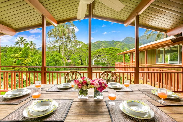 Tropical Paradise, walk to the beach. 2 Homes in Haena. TVR #1017/1018