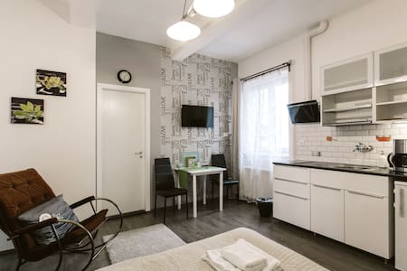 Diamond Astoria 2,apartment near Synagogue