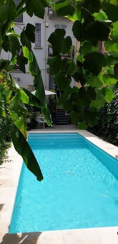 Splendido appartamento con piscina a Milano
