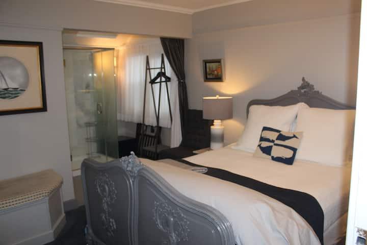 Nantucket Whale Inn - Siasconset Room