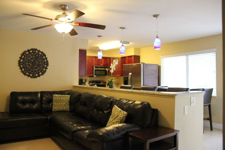 ♦ Cozy Lake Park Apartment with Pool and Dock #4