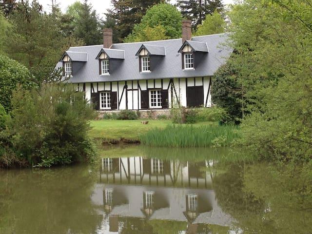 cottage normand, en pleine nature, à 1H de la mer - Touquettes - Casa