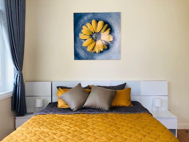 """Yellow"" Room"
