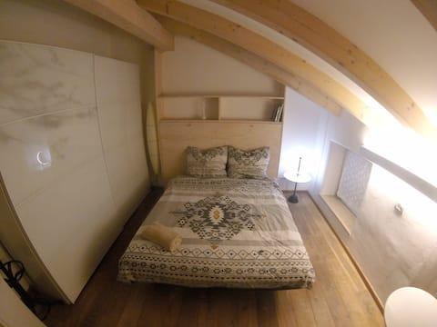 Cozy Home . Camera Matrimoniale con Bagno Privato