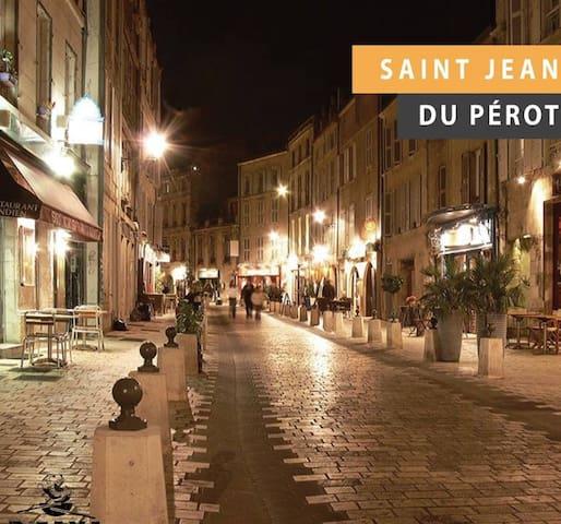 Vieux Port. Idéal pour week-end à 2. WiFi-Garage !