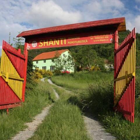 Shanti Guesthouse in Apuseni
