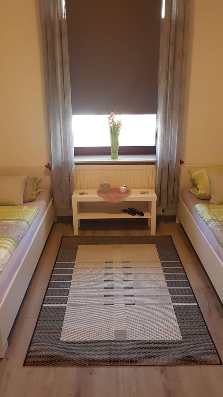 Privatzimmer, 2 Betten, seperater Eingang, Bremen