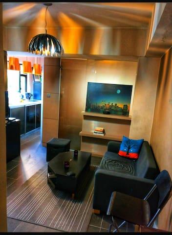 Minimalistic Apartment - HK Island