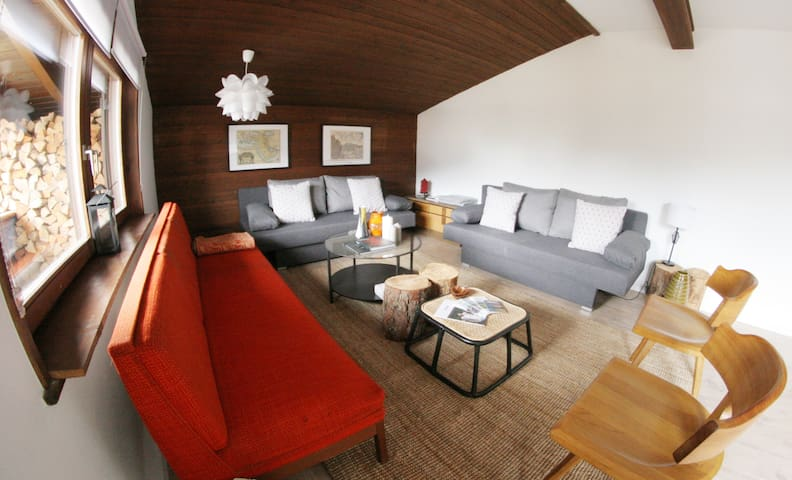 Central Family Friendly Design Apt with View - Seefeld in Tirol - Huoneisto