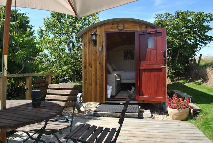 Roy's Retreat Shepherds Hut