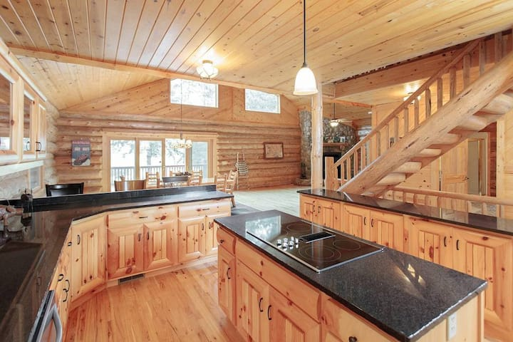 Whitefish Chain Huge Log Home directly on the Lake