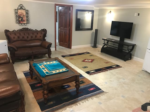 Beautiful private Dyker heights space