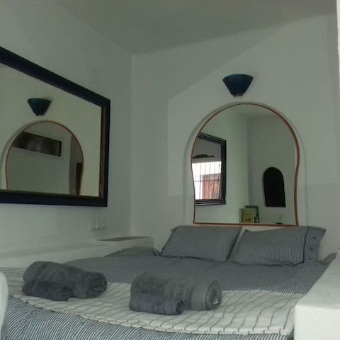 Beautiful Apartment, sleeps 2 old town Almunecar.