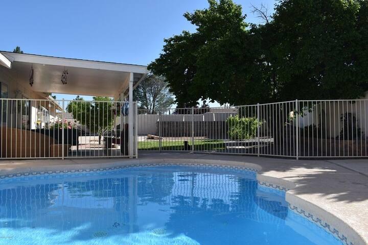 Arizona Pool House has a Private Backyard & Pool
