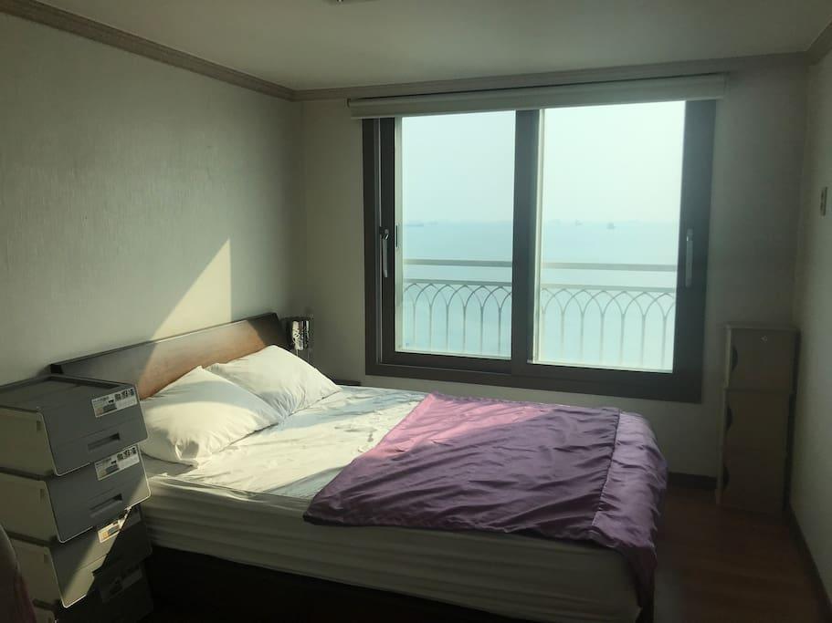 房间面朝大海春暖花开,방은 바닷가 있습니다