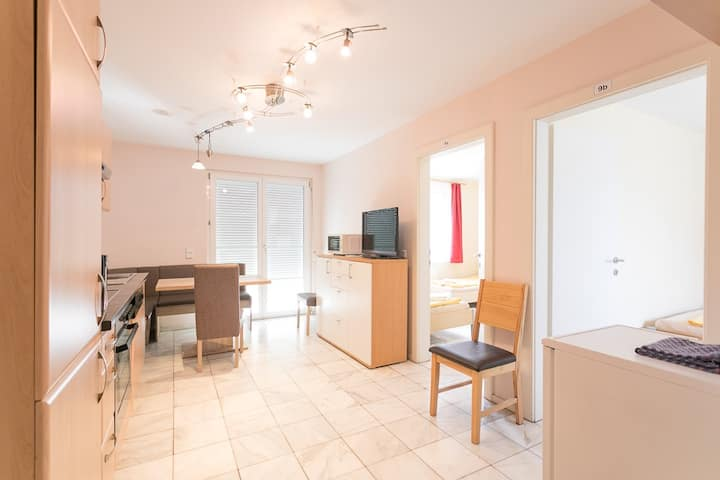 Apartment L9 up to 6 people - free parking+garden