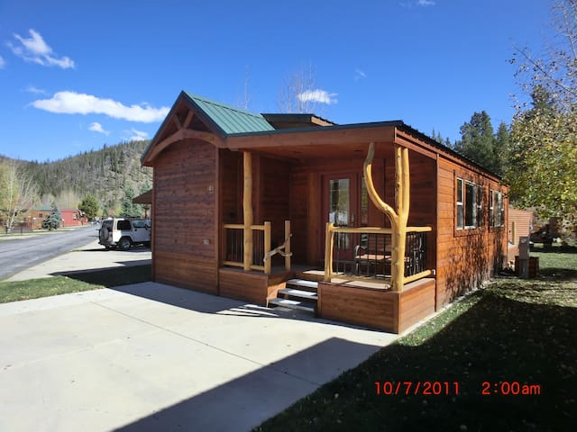 Quaint cabin. Free Bus Route. Rec Center. - Breckenridge - Cabaña