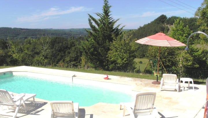 Périgord, near Sarlat  quiet house 3*** with pool
