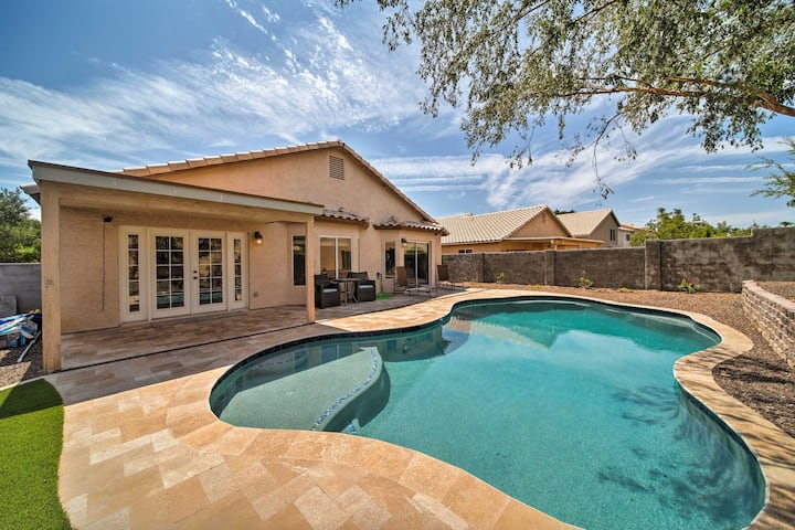 Private Sonoran Oasis w/ Heated Pool Near Hiking!