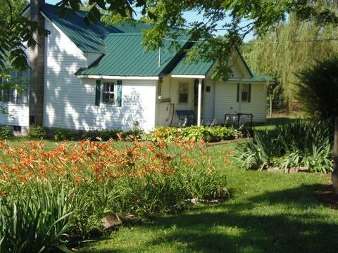 The Enochs Farm House Inn
