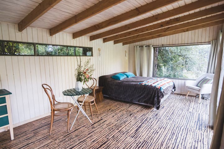 Casa Alcornoque:  cabaña privada precordillerana