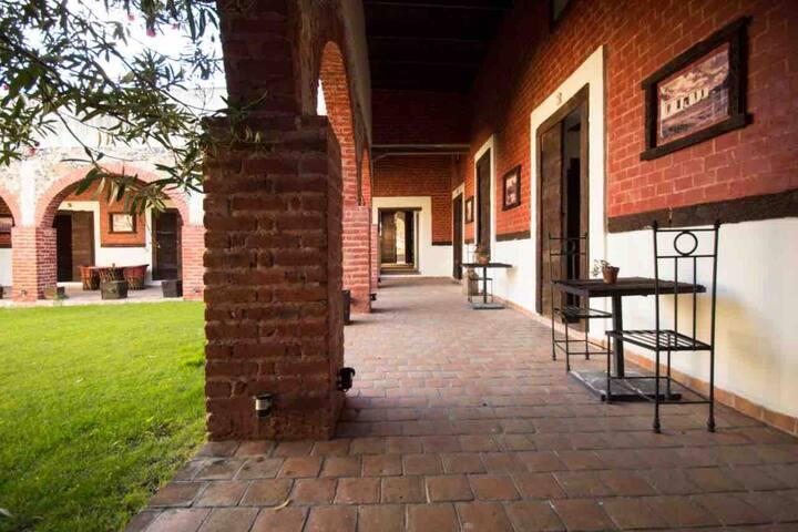 Hermosa Hacienda Mexicana! Muy cerca de León, Gto.