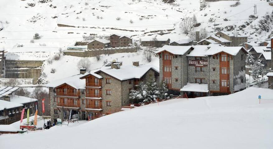 APARTAMENTO DE LUJO EN SOLDEU - El Tarter - Apartament