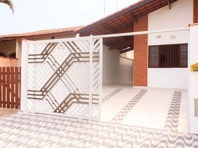 Casa de praia em Peruíbe - SP (ref. Arpoador)